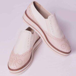 Zapato para mujer tipo oxford en cuero color nude y blanco talco - - Envió y devolución GRATIS en toda Colombia - Múltiples Medios de Pago. ¡Compra Aquí!